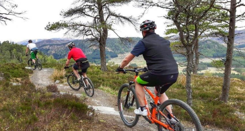 mountain bike holiday scotland