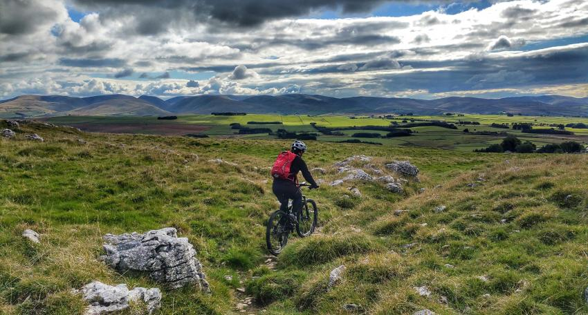 mountain biking holiday uk