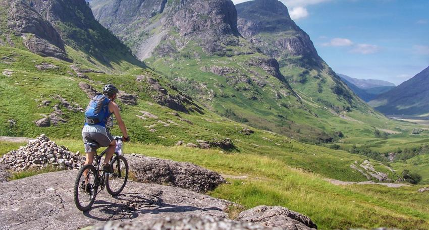 mountain biking holiday Scotland